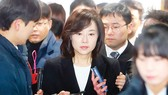 Hàn Quốc lún sâu vào khủng hoảng kép