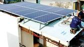 Đầu tư điện mặt trời ở hộ gia đình - Cần chính sách hỗ trợ