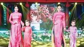 Nhà thiết kế Đức Hùng: Vẻ đẹp của áo dài cần được lan tỏa