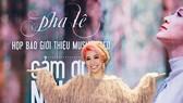 Bất chấp mưa gió, dàn sao Việt vẫn tới chúc mừng Pha Lê ra mắt MV mới
