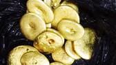 Chủ máy xay xát ở tỉnh Bình Định nhặt được trong bao lúa khoảng 3 cây vàng