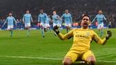 Leicester - Man City 1-1 (luân lưu 3-4): Dấu ấn thủ thành Bravo