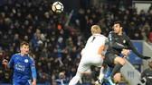 Leicester City - Chelsea 1-2: Pedro giúp Conte giành vé vào bán kết