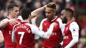 Arsenal - Stoke City 3-0: Dấu ấn Aubameyang