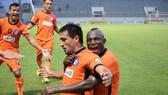 Đà Nẵng - Nam Định 4-2: Merlo, Đức Chinh lập cú đúp, Nam Định vẫn chót bảng