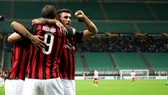 AC Milan - Olympiacos 3-1: Cutrone, Higuain tỏa sáng ngược dòng