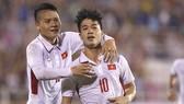 Lào - Việt Nam 0-3: Công Phượng khai hỏa, Anh Đức ghi bàn, Quang Hải lập siêu phẩm