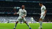 Real Madrid - Valencia 2-0: Daniel Wass phản lưới, Lucas Vazquez ấn định tỷ số