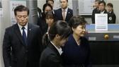 Hàn Quốc bắt cựu tổng thống