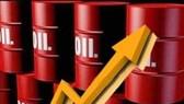Giá dầu thô tăng 17% trong tháng 10