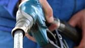 Quỹ bình ổn giá xăng dầu: Ai hưởng lợi?