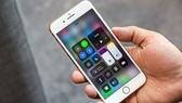 """iPhone 8 Plus vừa mạnh mẽ vừa """"truyền thống"""""""