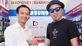 Nhạc sĩ Huy Tuấn chọn phương thức lên đời iPhone Xs Max 2 SIM với chi phí tiết kiệm hơn, lên đến 18 triệu đồng