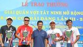 Các ngôi sao quần vợt Việt Nam quy tụ về một giải mời ở Tây Ninh.