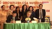 Xuất lô sữa dinh dưỡng Việt Nam đầu tiên sang Mỹ