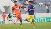 """Đà Nẵng bất ngờ """"phơi áo"""" trước Hà Nội đến 4 bàn trên sân nhà. Ảnh: A.T"""