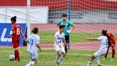 Đội nữ Hà Nội giữ vững ngôi đầu bảng sau trận hòa 1-1 trước TPHCM. Ảnh: DŨNG PHƯƠNG