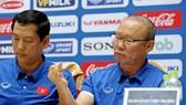 Ông Park không quá lo ngại sau trận tập huấn đầu tiên. Ảnh: MINH HOÀNG