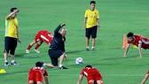 Đội tuyển Việt Nam tích cực chuẩn bị cho AFF Cup 2018. Ảnh: MINH HOÀNG