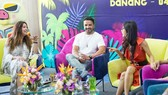 Luis Fonsi and Spanish actress Maria Bravo at the press conference