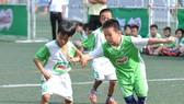 Các cầu thủ nhí tham dự Festival bóng đá học đường TPHCM năm học 2018-2019. Ảnh: NGUYỄN NHÂN