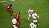 Pha ghi bàn ấn định chiến thắng 2-0 của Origi cho Liverpool trong trận chung kết với Tottenham.