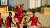 Niềm vui chiến thắng của các cầu thủ Hà Tĩnh. Ảnh: Minh Hoàng