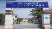 Hiệu trưởng Trường THCS Phan Bội Châu bị giáng chức do thu tiền dạy thêm, học thêm sai quy định