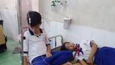 Súc miệng bằng dung dịch ngừa sâu răng, 45 học sinh nhập viện