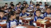 Bộ GD-ĐT có cấm dạy những nội dung ngoài sách giáo khoa?  