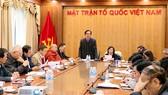 Vừa qua, Hội đồng Tư vấn về Khoa học Giáo dục (Ủy ban TƯ MTTQ Việt Nam) đã phản biện thẳng thắn về vấn đề đào tạo sau đại học, trong đó có vấn đề xét duyệt GS, PGS