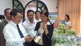 Doanh nghiệp giới thiệu về sản phẩm Việt tại hội thảo