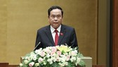 Ông Trần Thanh Mẫn đọc báo cáo kiến nghị cử tri