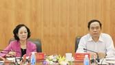 Trưởng Ban Dân vận Trung ương Trương Thị Mai và Chủ tịch Ủy ban Trung ương MTTQ Việt Nam Trần Thanh Mẫn chủ trì cuộc họp. Ảnh: matran