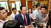 Bộ trưởng Bộ LĐ-TB và XH  Đào Ngọc Dung trả lời báo chí sáng 29-5-2019. Ảnh: VIẾT CHUNG