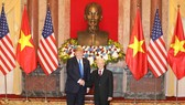 Tổng Bí thư, Chủ tịch nước Nguyễn Phú Trọng tiếp Tổng thống Mỹ Donald Trump tại Phủ Chủ tịch. Ảnh: VIẾT CHUNG