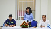 Deputy Chairwoman Nguyen Thi Thu shared her ideas at the working session