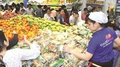 HCMC tries to keep commodity prices stable at year's end