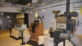 Objects on display at the exhibition (Photo: VNA)