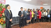 Vietnamese Consul General in Hong Kong and MacauTran Thanh Huan speaks at the opening ceremony (Source: VNA)