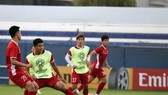 Vietnamese players are in a training session in Dubai (Source: VFF)