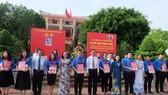 Đảng ủy Khối Dân - Chính - Đảng TPHCM kết nạp 21 đảng viên mới