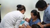 Tiêm chủng cho trẻ tại Trung tâm tiêm chủng VNVC Hoàng Văn Thụ