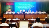 18 sở, ngành ký cam kết với 5 huyện cùng phối hợp xây dựng hoàn thành các tiêu chí nông thôn mới