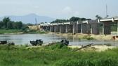 Chấn chỉnh hoạt động khai thác cát trên sông Trà Khúc