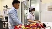 Quảng Ngãi: Một phụ nữ thoát chết khi bị sét đánh trúng