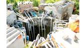 Giếng Ông Lý có đến hơn 20 chiếc máy bơm hoạt động cùng lúc, nhất là vào cao điểm nắng nóng