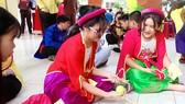 Hào hứng học văn qua lễ hội trò chơi dân gian