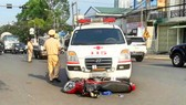 Xe cứu thương lạm dụng quyền ưu tiên