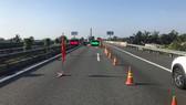 Sửa chữa các khe co giãn trên tuyến cao tốc TPHCM - Trung Lương